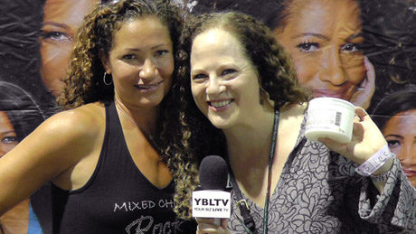 Mixed Chicks Co-Founder, Wendi Levy with YBLTV Reporter, Ellen Saravis at International Beauty Show 2013 (Your Biz LIVE Photo/Mixed Chicks)