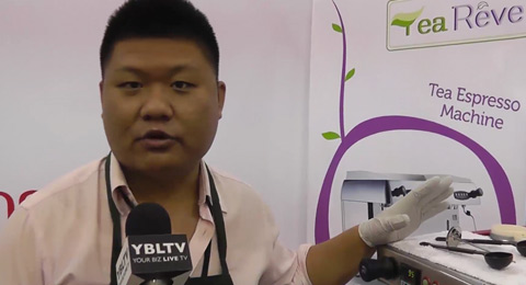 Leadway International, Inc. Marketing Manager, David Fan demos Tea Reve. (Your Biz LIVE Photo/Tea Reve)