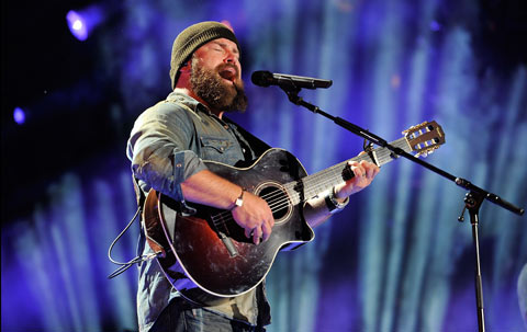 Zac Brown performs at the CMA Music Festival, singing through his Sennheiser SKM 5200 wireless transmitter, coupled with an MD 5235 capsule (Photo credit: Getty Images, photo by Frederick Breedon IV/WireImage)