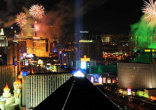 Las Vegas Rings In 2015 With Dazzling New Year's Eve Extravaganzas