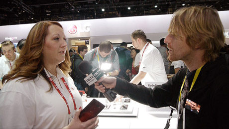 LG Introduces the Highly Advanced, Light-as-Air, and Ergonomic G Flex 2