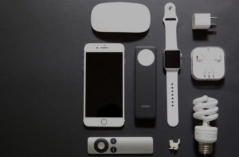 ZENS introduces Apple iPhone / Watch Power Bank for wireless charging of Apple Watch Series 2