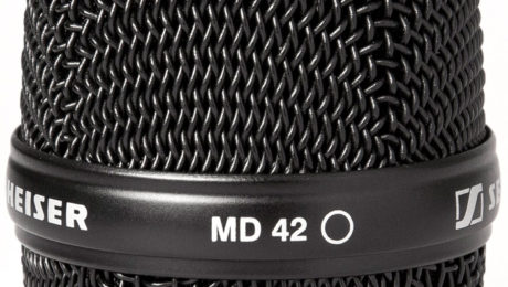 Sennheiser MMD 42-1 dynamic microphone head.